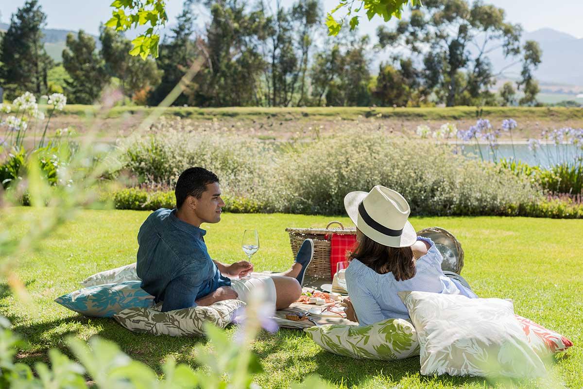 jordan-wine-estate—picnic-setting